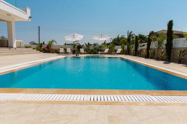 Villa Andriana - фото 16