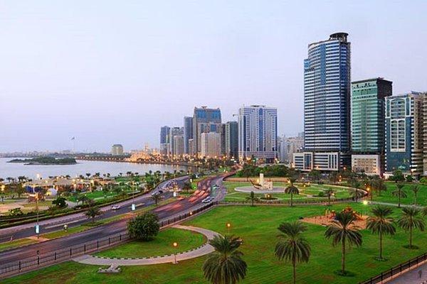 Al Majaz Premiere Hotel Apartments - фото 21