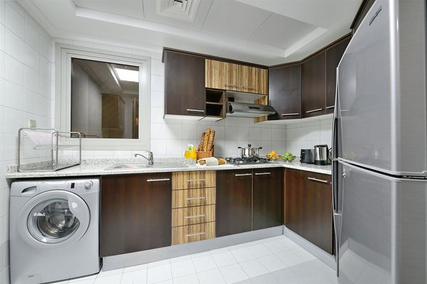 Al Majaz Premiere Hotel Apartments - фото 8