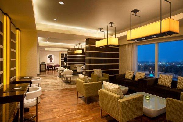 Hilton Capital Grand Abu Dhabi - фото 11