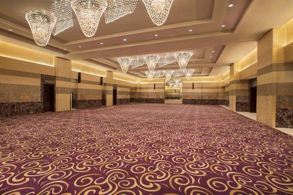 Hilton Capital Grand Abu Dhabi - фото 19