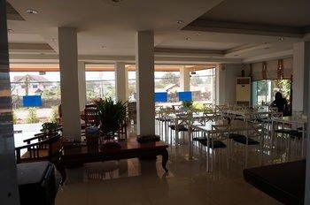 Phounsiri Hotel and Serviced Apartment - фото 15