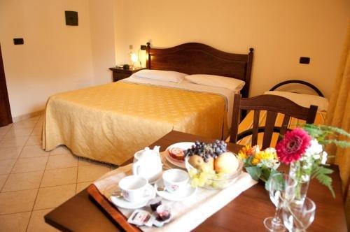 Hotel Ristorante Villa Pegaso - фото 2