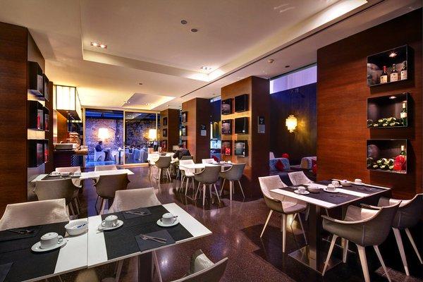 Olivia Plaza Hotel - фото 11