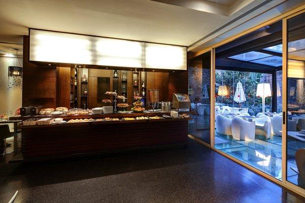 Olivia Plaza Hotel - фото 13