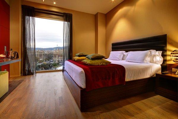 Olivia Plaza Hotel - фото 2