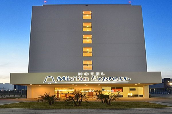 Mision Express Monterrey Aeropuerto La Fe - фото 22