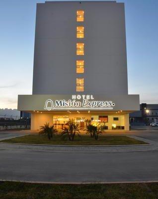 Mision Express Monterrey Aeropuerto La Fe - фото 23