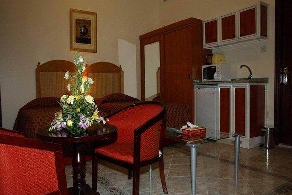 Ramee Guestline Hotel Apartments 1 - фото 1