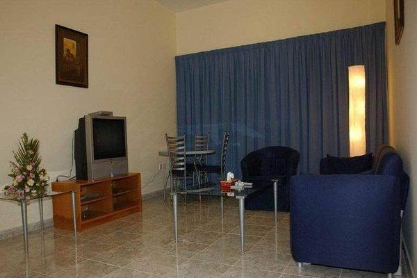 Ramee Guestline Hotel Apartments 1 - фото 2
