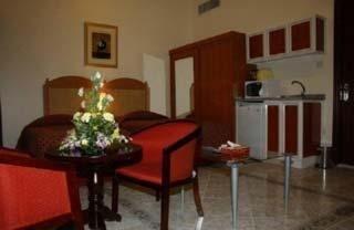Ramee Guestline Hotel Apartments 1 - фото 20