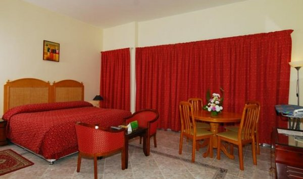 Ramee Guestline Hotel Apartments 1 - фото 3