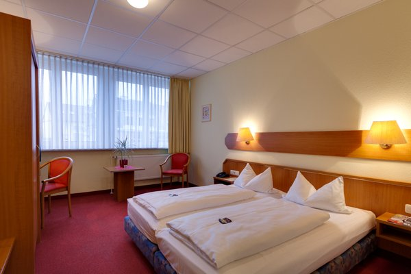 Hotel Berliner Ring - фото 4