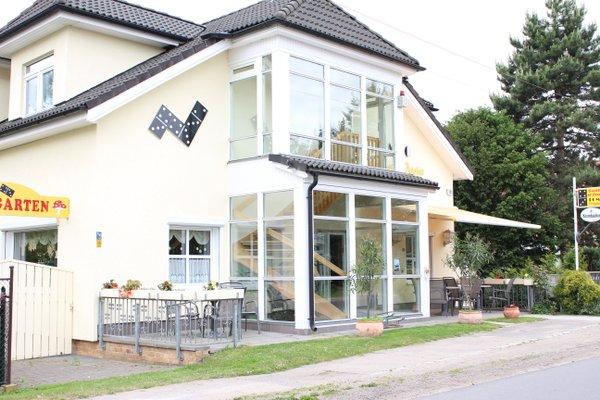 Гостиница «Gasthaus & Pension Domino», Нойенхаген