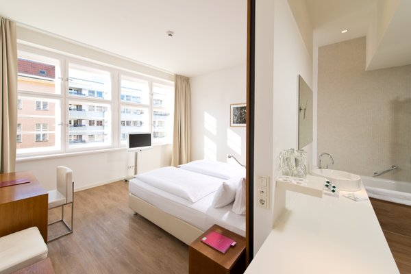 Ellington Hotel Berlin - фото 1