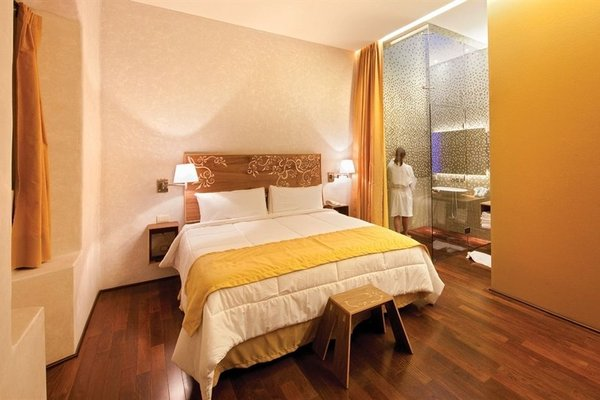 Hotel de Cortes - фото 1