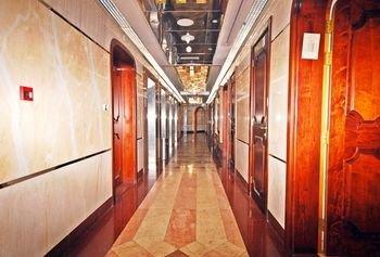 Ramee Garden Hotel Apartments - фото 16