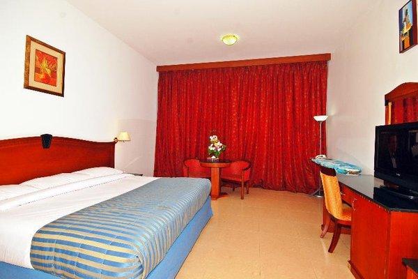 Ramee Garden Hotel Apartments - фото 4