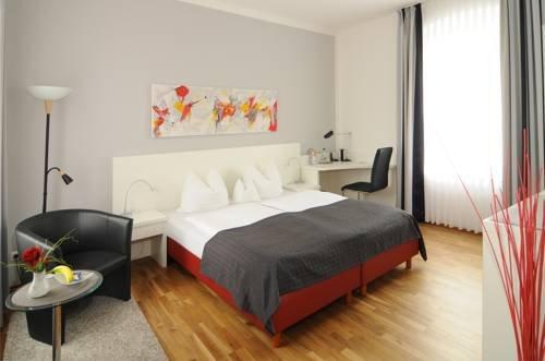 Hotel Stadtvilla Garni - фото 1