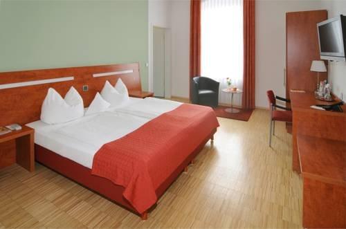 Hotel Stadtvilla Garni - фото 6