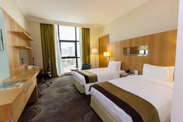 Holiday Inn Abu Dhabi - фото 4