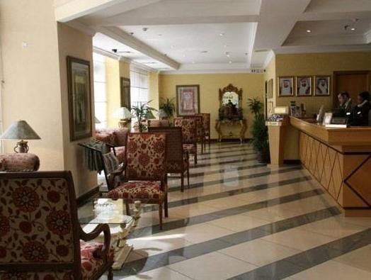Cassells Hotel Apartments - фото 5