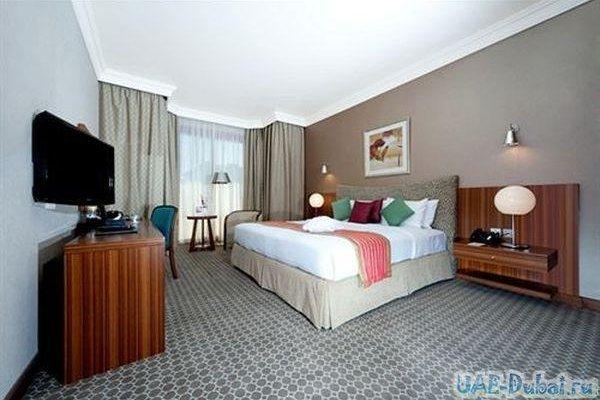 City Seasons Al Hamra Hotel - фото 1