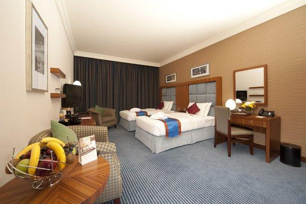 City Seasons Al Hamra Hotel - фото 2