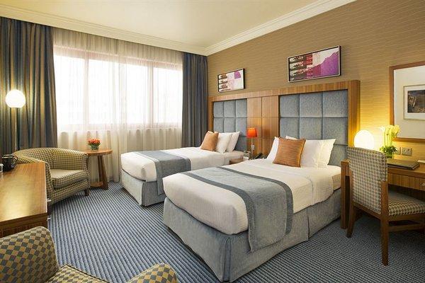 City Seasons Al Hamra Hotel - фото 4