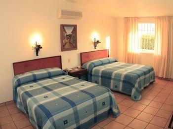 Hotel Isabel - фото 1