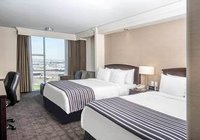 Отзывы Sandman Signature Toronto Airport Hotel, 4 звезды