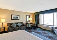Отзывы Hampton Inn by Hilton Toronto Airport Corporate Centre, 4 звезды