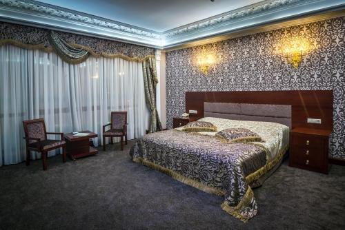Отель Артис Плаза - фото 2