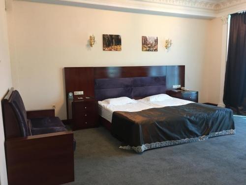 Отель Артис Плаза - фото 3