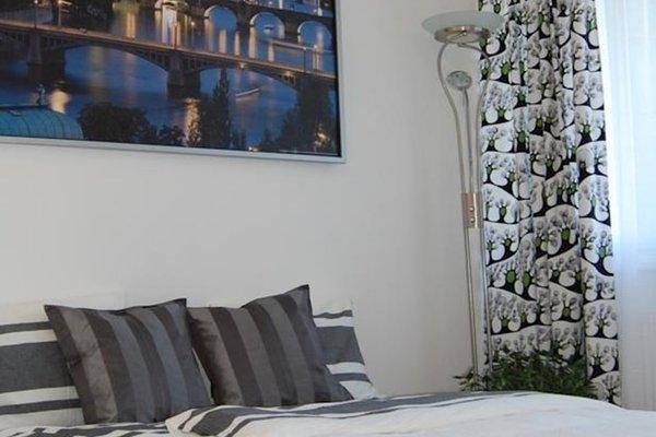 Invalidovna Apartment - фото 10