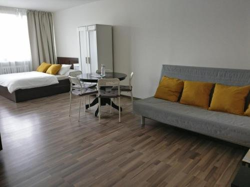 Invalidovna Apartment - фото 11