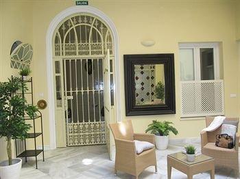 Life Apartments San Vicente - фото 17