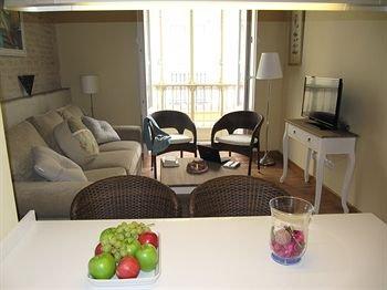 Life Apartments San Vicente - фото 5