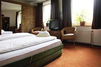Hotel Wilhelmsburger Hof - фото 1