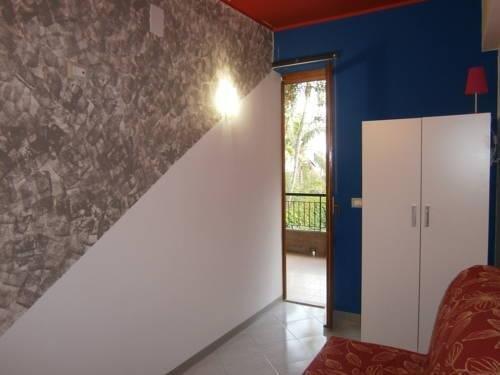 Гостиница «Baia Di Capomulini», Ачиреале