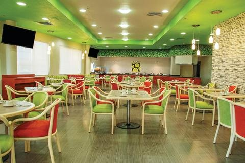 LQ Hotel by La Quinta Monterrey Norte - фото 11