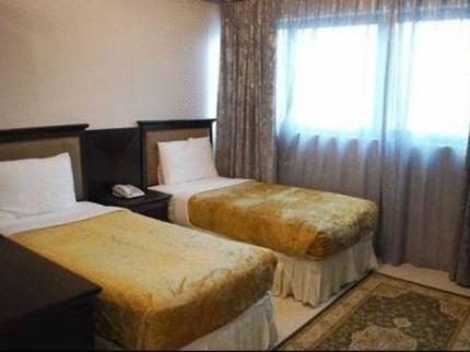 Liwa Hotel Apartments - фото 10