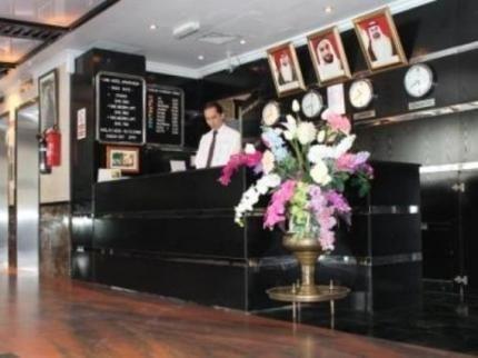 Liwa Hotel Apartments - фото 8