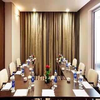 Oaks Liwa Executive Suites - фото 17