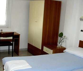 Hotel John - фото 2