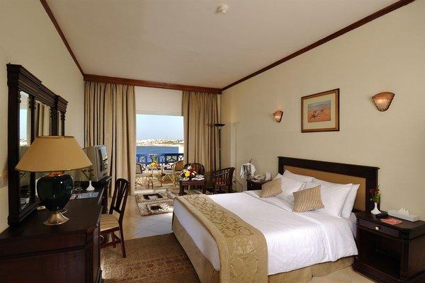 Grand Oasis Resort - фото 1