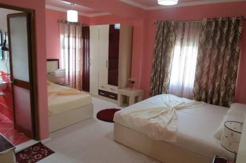 7777 Hotel, Тирана