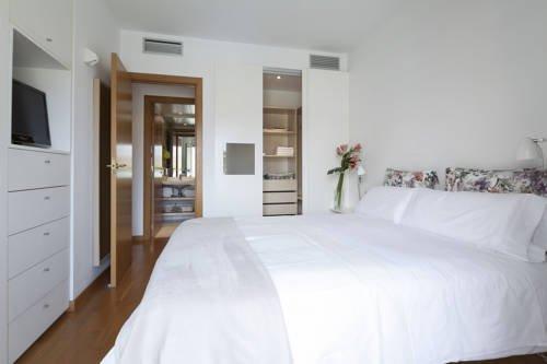 Sealona Beach Apartments - фото 1