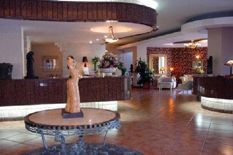 Hotel Plaza Del Libertador - фото 18