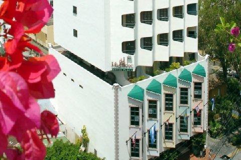 Hotel Plaza Del Libertador - фото 23